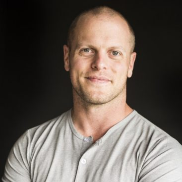 TIM FERRISS SUPPLEMENTS – WHAT HE TAKES DAILY AND WHY